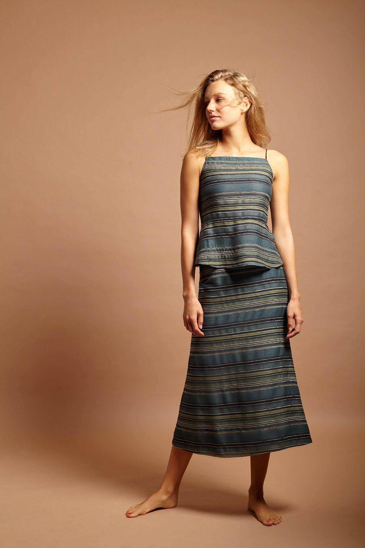 diseñadora-de-moda-Falda Africa Rayas