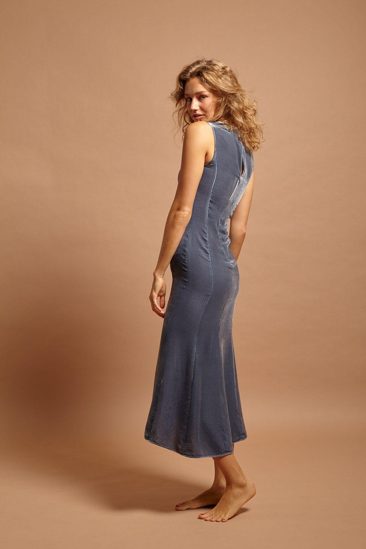 diseñadora-de-moda-Virginia Dress