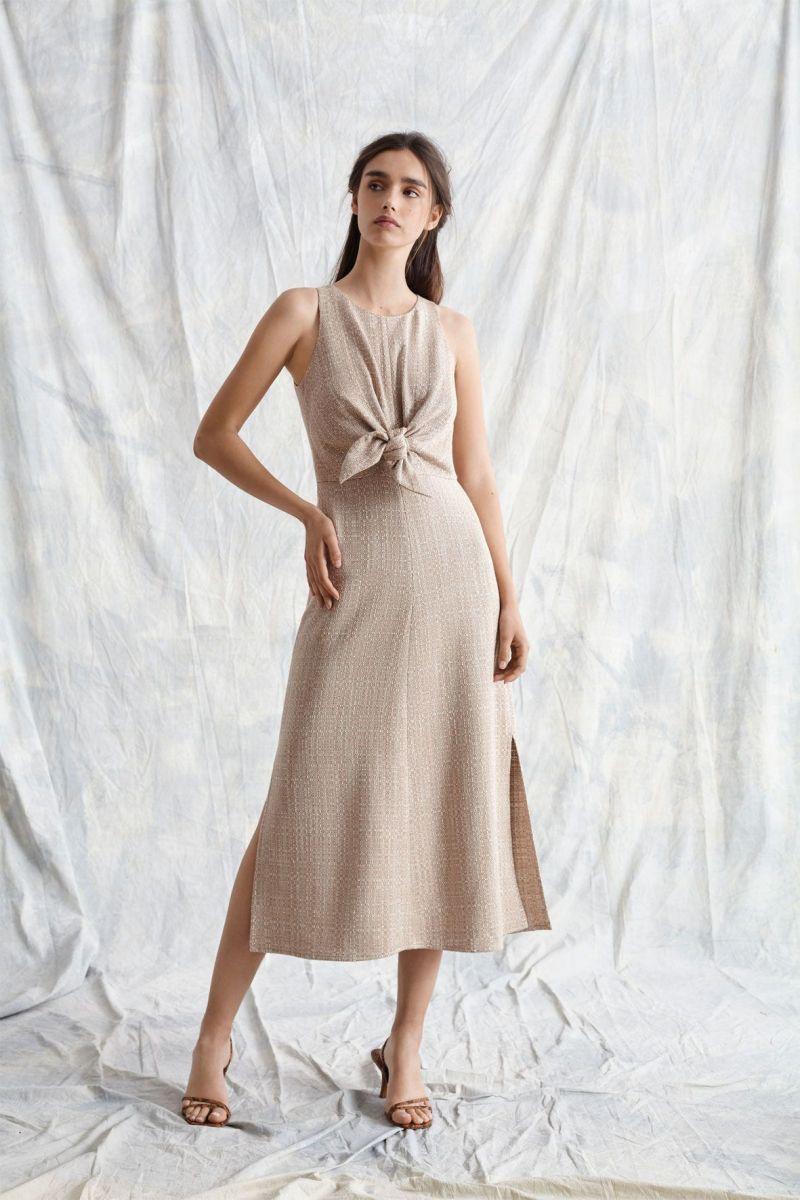 Vestido midi de escote redondo