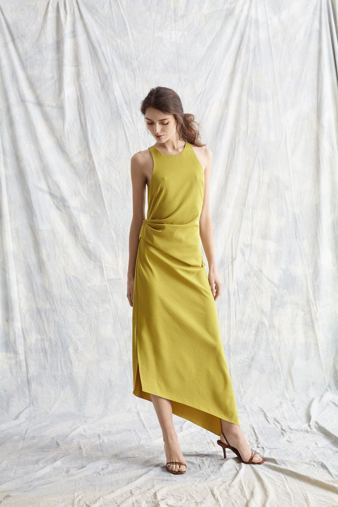 diseñadora-de-moda-Yvonne Dress