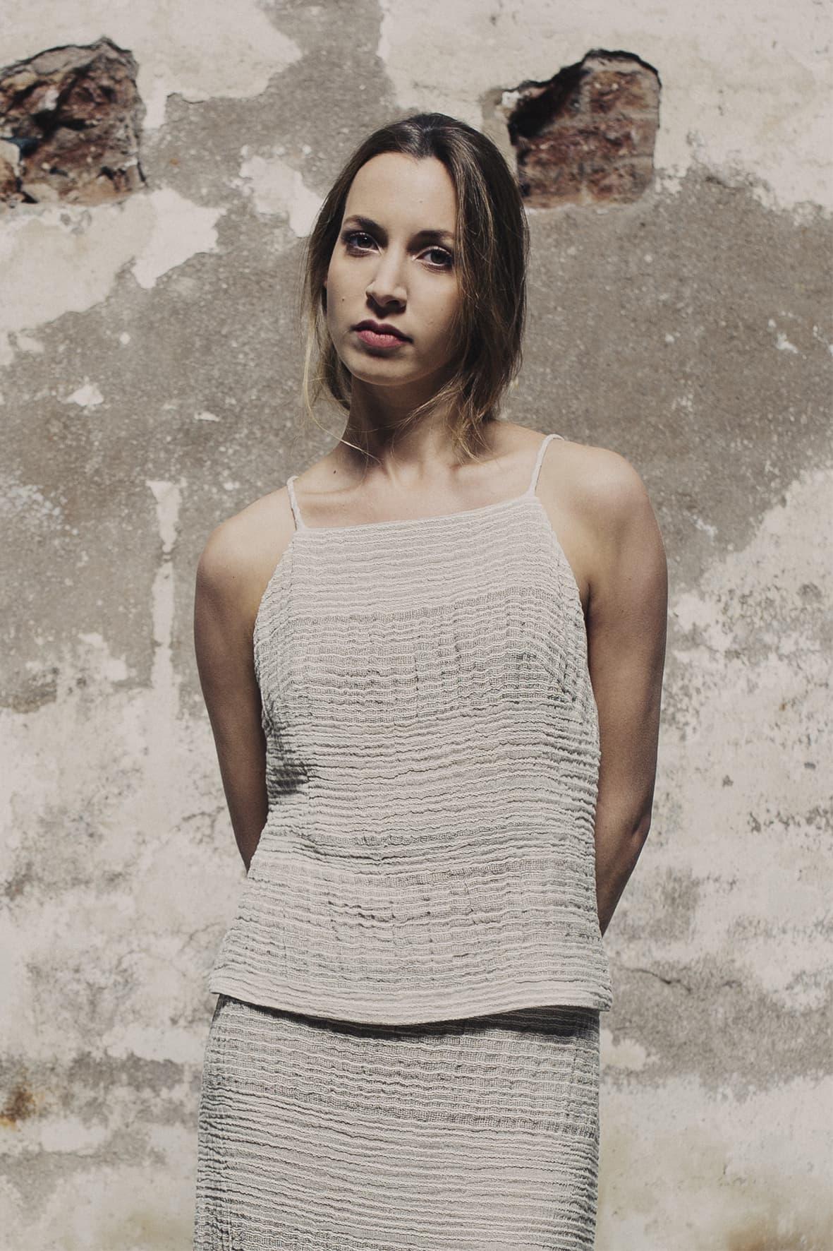 diseñadora-de-moda-Top Bella