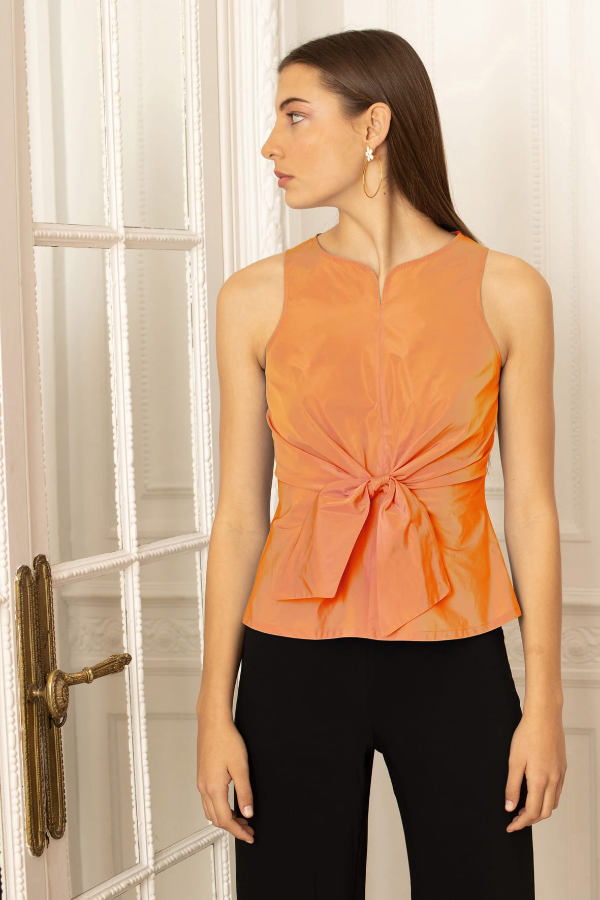 diseñadora-de-moda-Lady Top