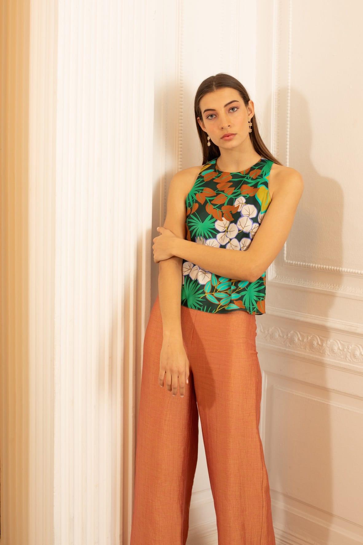 diseñadora-de-moda-Iris Print Top