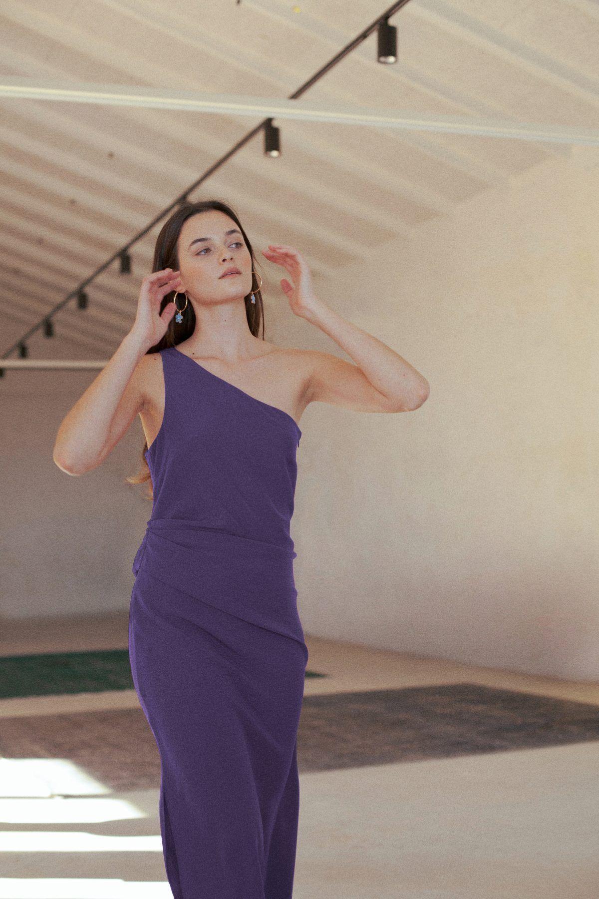 diseñadora-de-moda-Olimpia Dress