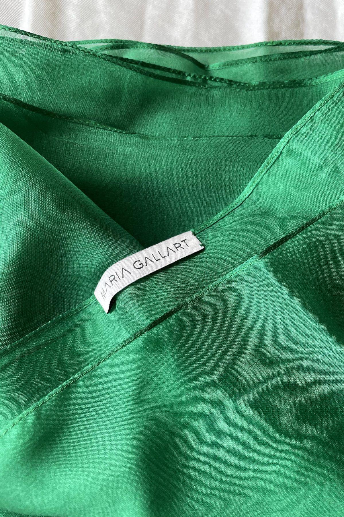 diseñadora-de-moda-Green Silk Shawl