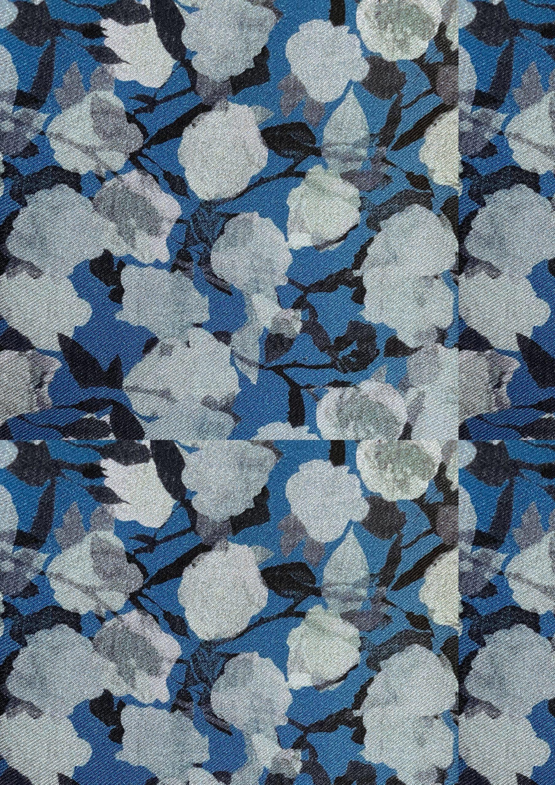 blue-flowers-print-en