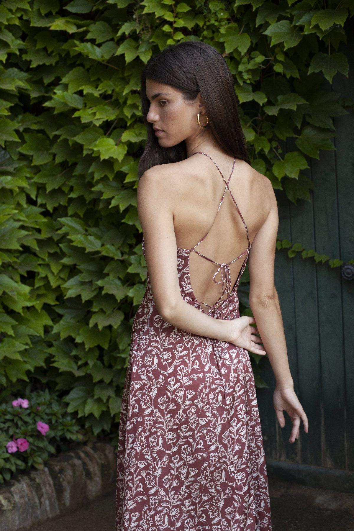 diseñadora-de-moda-Malena Wine Print Midi Dress