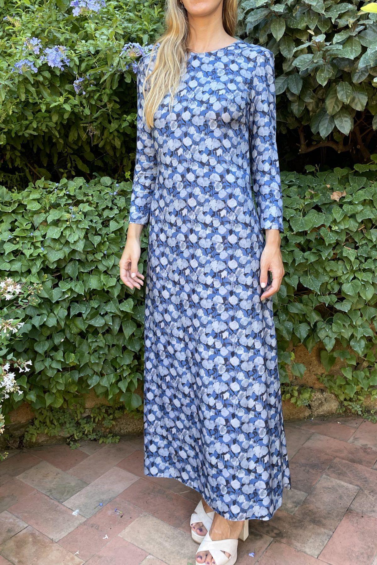 diseñadora-de-moda-Vestido Gisela Flores Azul